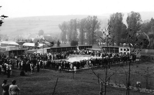 Einweihung des Schwimmbades 1961